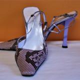 Pantofi din piele  naturala tip sarpe Pollini