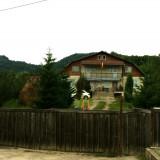Casă și teren 9000 mp la Brăduleț, 25 km nord de Curtea de Argeș - Casa de vanzare, 315 mp, Numar camere: 6