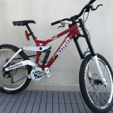Vand o Kona Stab Deluxe in stare impecabila! - Mountain Bike Kona, 9 inch, 26 inch, Numar viteze: 6