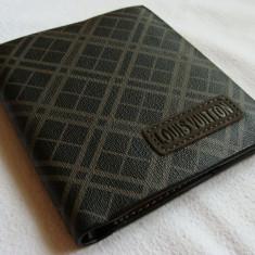 Portofel L V classic negru cu dungi gri, logo L V cusut in fata, model nou 2017 - Portofel Barbati Louis Vuitton, Multicolor, Mini-portofel