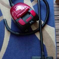 Aspirator Heinner Cleanmate 1500W - Aspirator cu sac