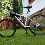 Bicicleta Btwin - Mountain Bike Trek, 17 inch, 20 inch, Numar viteze: 27