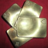 Scrumiera din bronz masiv carti de joc