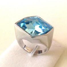 Inel marimea 8 , 18 mm - placat cu aur 18k si  cristale Swarovski