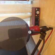 Focusrite Scarlet Studio + Pop filter ( SM Pro Audio ) + Stativ - Amplificator studio Altele
