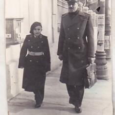 bnk foto - Militar aviatie cu elev al Liceului Militar Iasi - 1940