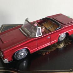 Nr. 449 Jucarii comuniste - masina chinezeasca din tabla cu frictiune. - Colectii