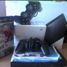 PlayStation 2 Sony slim(SCPH-9004) nemodat full box+joc original FIFA 2011