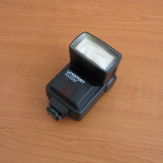Blit flash Unomat N320AF pentru Nikon