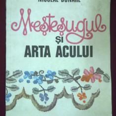 Mestesugul si arta acului ( cu numeroase figuri)- Nicolae Dunare, T.GRATUIT - Costum populare At Republic, Marime: 38, Culoare: Bej