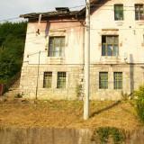 Apartament in casa tip vila - Casa de vanzare, 90 mp, Numar camere: 3, Suprafata teren: 180