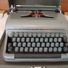 Masina de scris TORPEDO+banda noua de scris