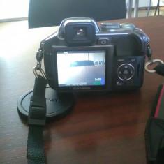 Vand schimb foto Olympus SP-550UZ 2+1Gratis - Aparat Foto compact Olympus, Compact, 18x, 2.5 inch