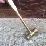 Vechi ciocan din bronz !!! - Metal/Fonta