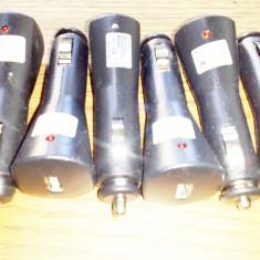 Adaptor transformator priza auto 12V la USB 5V