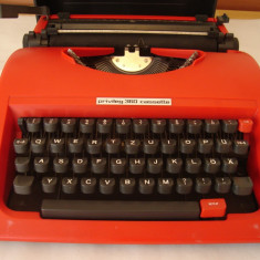 Masina de scris PRIVILEG 360 CASSETTE (foloseste caseta in loc de rola)