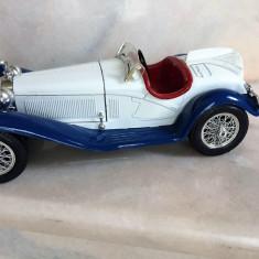 BURAGO -Macheta ALFA ROMEO 2300 SPIDER 1932 SCARA 1/18 - Macheta auto Bburago