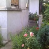 Casa cu 2 camere si gradina in zona centrala Galati - Casa de vanzare
