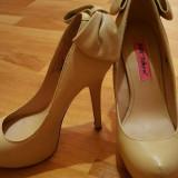 Pantofi Betsey Jhonson din piele naturala(integral)