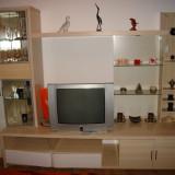 Inchiriez apartament - Apartament de inchiriat, Numar camere: 2, Etajul 1