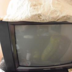 TV GRUNDING 720 cm - Televizor CRT Grundig