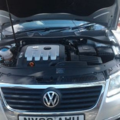 Dezmembrez Vw Passat break, motor 2l diesel, bkp, 140 cp, 2006, gri - Dezmembrari Volkswagen