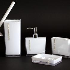 Set pentru baie 5 bucati din acril culoare Alb cu insertii cristal