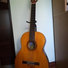 Chitară cu corzi de metal - Chitara acustica Reghin