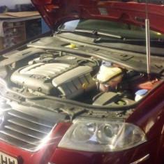 Dezmembrez Vw Passat 2, 4 benzina AZX 125kw Tiptronic an 2003 - Dezmembrari Volkswagen