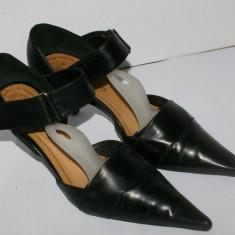 Pantofi decupati dama ALBERTO ZAGO marimea 37 negri din piele 100% - Pantof dama, Culoare: Negru, Piele naturala, Cu toc