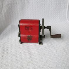 Inductor vechi telefon cu manivela 1941, magnetou german telefon epoca - Metal/Fonta