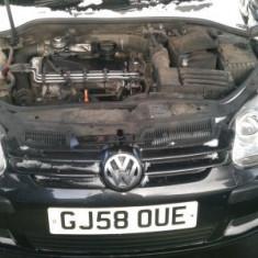 Dezmembrez Vw Golf 5, motor 1.9 TDI cod BXE, 105 cp, 2008 - Dezmembrari Volkswagen