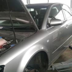Dezmembrez Audi A4 Quattro, an 2002 - Dezmembrari Audi