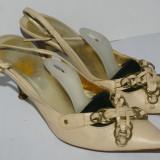 Pantofi decupati dama ESCADA culoarea bej / crem marimea 36 din piele 100% - Pantof dama Escada, Piele naturala, Cu toc