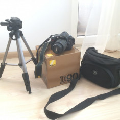 Kit DSLR Nikon D90 + accesorii suplimentare - Aparat foto DSLR