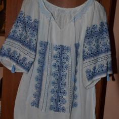 Ie traditionala, autentica, lucrata manual, broderie manuala - Bluza dama, Marime: Masura unica