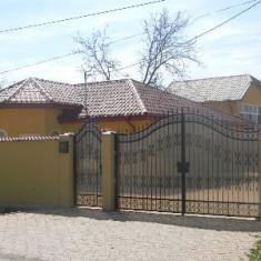 Casa de Vanzare Teren 2000mp.Intravilan, Numar camere: 4