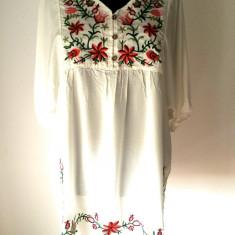 Rochie/bluza tip ie - Rochie de zi, Marime: Marime universala, Culoare: Alb