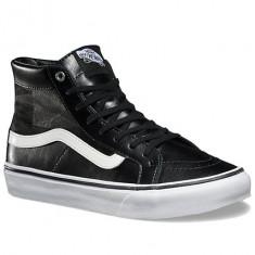 Adidasi Vans Sk8-Hi Slim Cutout marimea 41 - Ghete barbati Vans, Culoare: Negru, Piele naturala