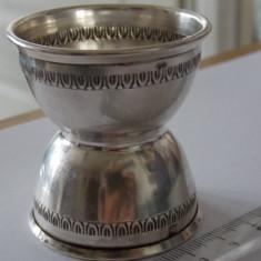Suport Ou Argint, Tacamuri