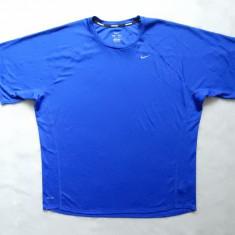 Tricou Nike Miller Running Dri-Fit. Marime XXL: 68 cm bust, 77 cm lungime - Tricou barbati, Culoare: Din imagine, Maneca scurta