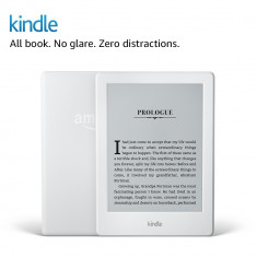 Kindle 2016 alb, fara lumina, ultima generatie + 4000 carti cadou
