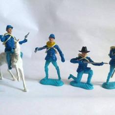 lot soldati plastic, Italia, Cavaleria Michigan, articulati, + accesorii, 8cm