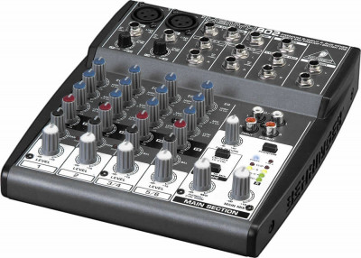 Mixer audio Behringer XENYX 802 foto