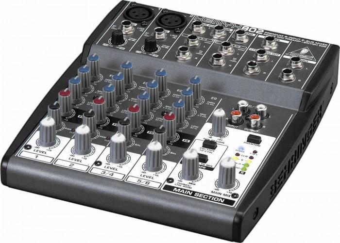 Mixer audio Behringer XENYX 802