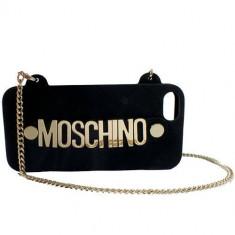 Husa Protectie Spate Moschino B7926 GOLD PLATED Negru pentru APPLE iPhone 5s, iPhone SE - Husa Telefon