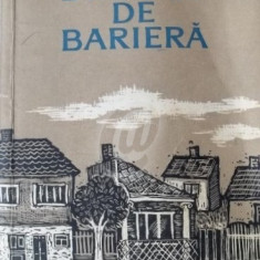 Dincolo de bariera (Editia I) - Carte in maghiara