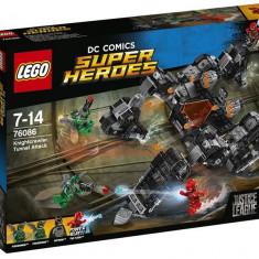 LEGO DC Super Heroes - Atacul din tunel al lui Knightcrawler 76086 - LEGO Marvel Super Heroes