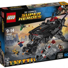 LEGO DC Super Heroes - Flying Fox: Atacul aerian cu Batmobilul 76087