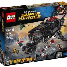 LEGO DC Super Heroes - Flying Fox: Atacul aerian cu Batmobilul 76087 - LEGO Marvel Super Heroes